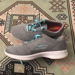 {Skechers} Go Walk 4 Grey and Teal Sneakers